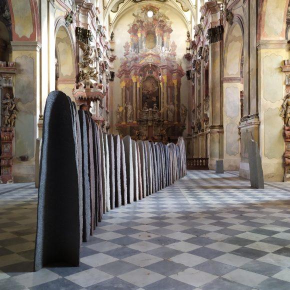Rozhovor s kurátorkou výstavy  Alenou Beránkovou a video
